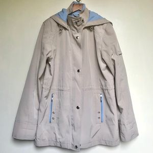 Liz Claiborne trench rain jacket